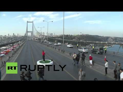 Turkey: Tiger Woods teeing off shuts down Istanbul