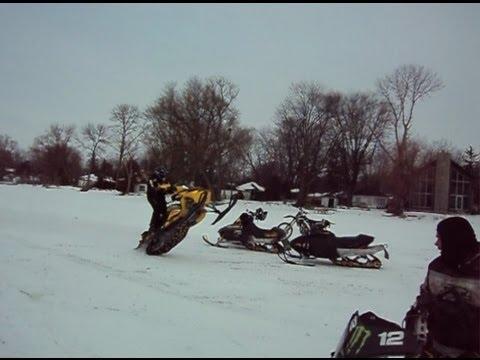 Ski Doo XRS 800R Wheelie's - YouTube