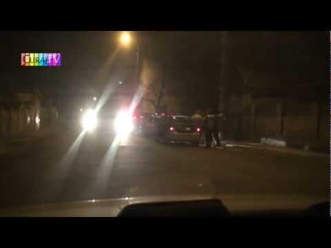 Patru mașini MAI contra unui Jeep de Strășeni