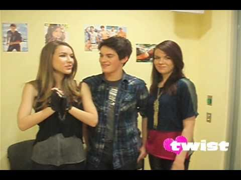 TWIST chats with the cast of House of Anubis