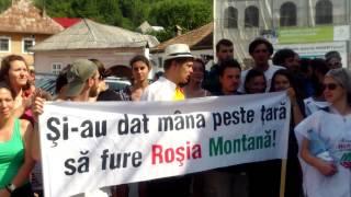 Marea adunare de la Roșia Montană a întrunit sute de activiști