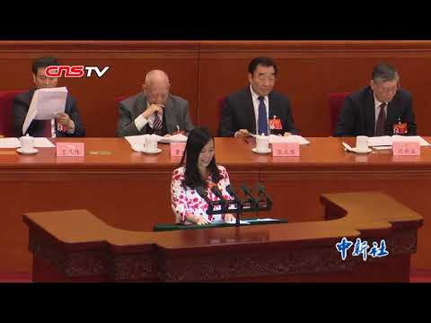 """""""57岁台湾女孩"""":""""媚语嗲声""""一炮而红(视频)"""