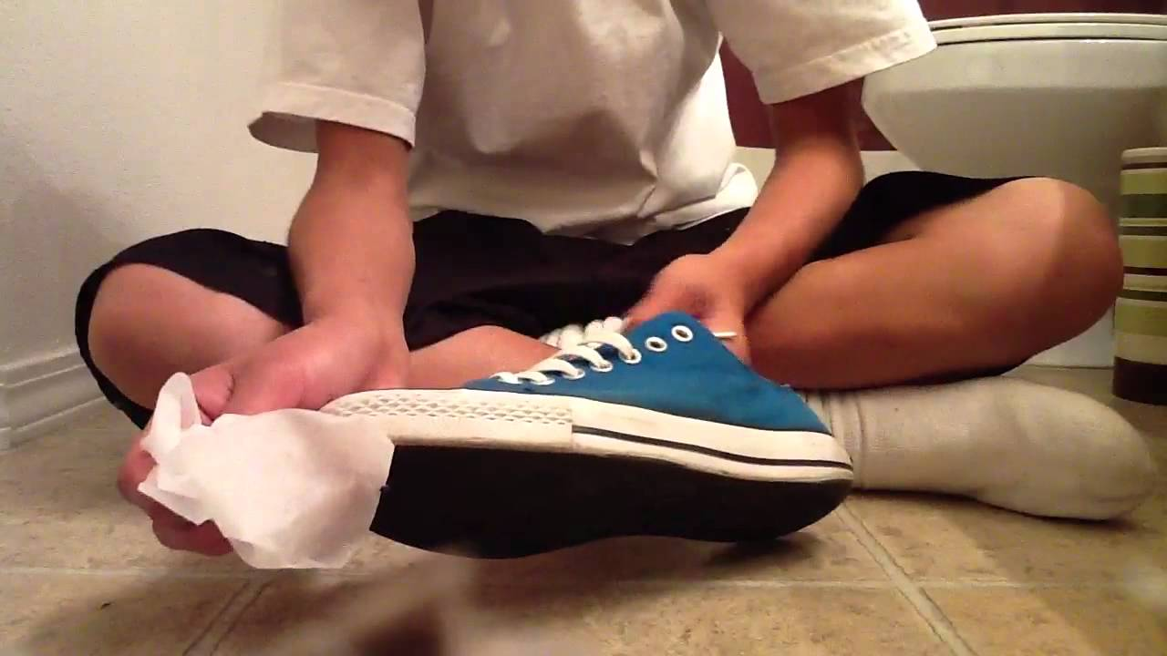 How to clean your shoes the fastest and easy way youtube - How to clean shoes ...