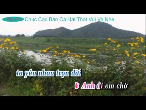 Hai Hoa Rung Cho Em { karaoke } Moi Nu Feat