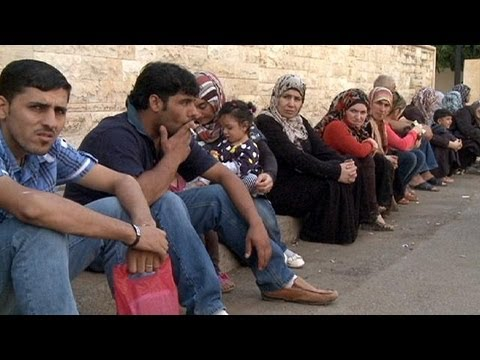 The plight of Syrian refugees who flee to Lebanon - reporter