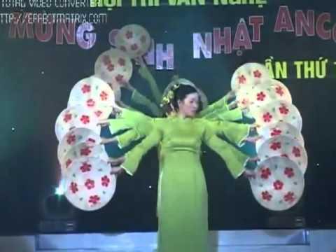 Mua quat Viet Nam Que Huong Toi  Mung Sinh Nhat Cty Anco Lan thu 10   YouTube