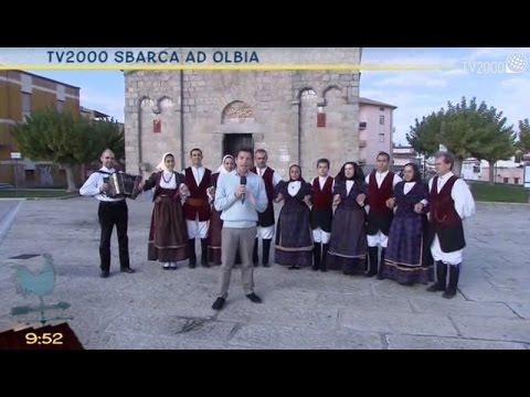 Costa Smeralda 'chiusa per ferie', folklore e con i minatori sottoterra
