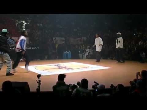 Les Twins (France) VS. Paul Ereck & Physs (France)