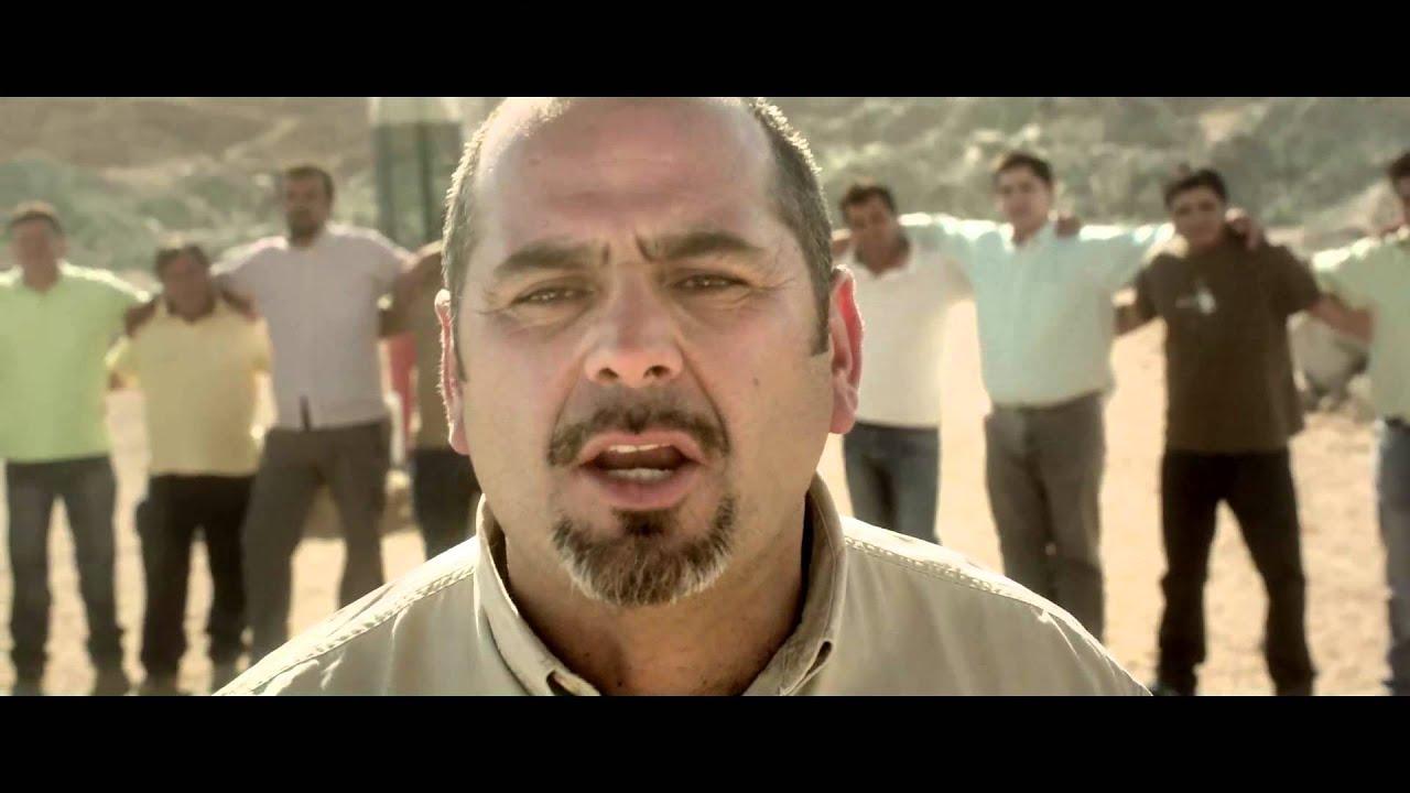 En un enérgico spot, los mineros de Chile alientan a la selección para el Mundial
