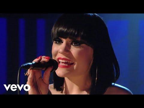 Jessie J - Price Tag (Live on Jools Holland 2010)