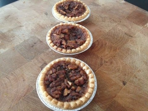 Mini Maple Pecan Pies Recipe (Maple Pecan Tartlets) - Quick Holiday ...