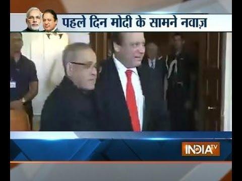 Pak PM Nawaz Sharif meets President Pranab Mukherjee
