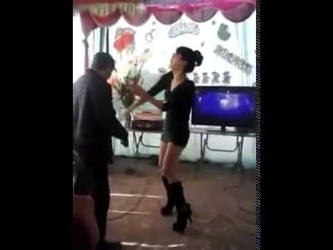 Nữ sinh sexy say rượu quẩy rất dâm trong đám cưới, đám cưới