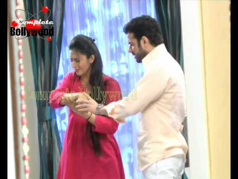 On location of TV Serial ''Yeh Hai Mohabbatein'' Raman turns doctor for Ishita Part 2
