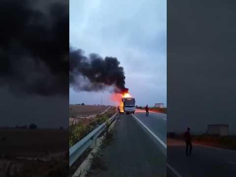 حريق ضخم يلتهم حافلة  بالجديدة