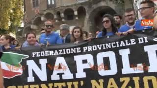 MILITANTI FDI AN DI NAPOLI NON CONTESITAMO SALVINI MA SIAMO PER ITALIA UNITA 20-09-14