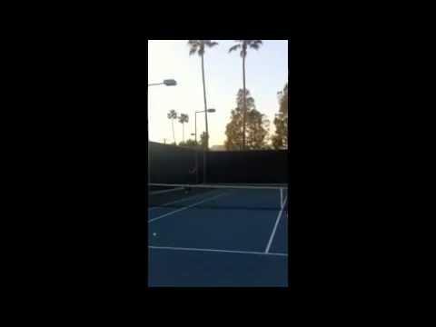 App BTK Twins - Bill: Tenis con Bill :-)