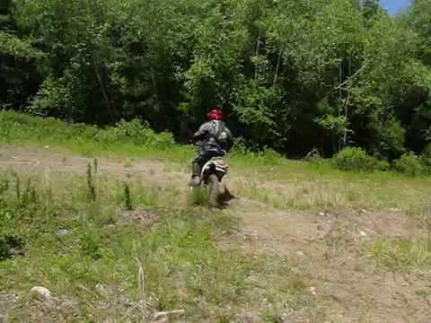 Kawasaki KLX 250 - Jumping