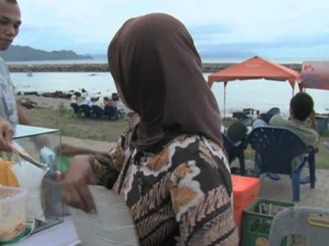 International Tourists Flock to Sabang Despite Sharia Law