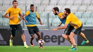 Juventus work out at the Stadium - La Juventus si allena allo Stadium