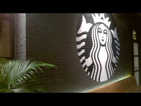 Let Me In Starbucks! a funny coffee shop video #Starbuckslove