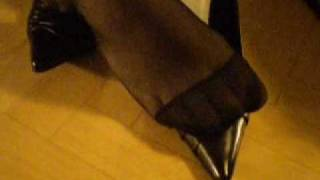 Black Pantyhose Shoeplay