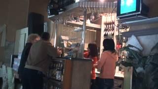 Cafenea-restaurant în care și angajații fumează