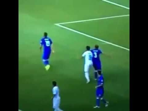 Luis Suarez Bites Giorgio Chiellini during World Cup Game! 24/06/14 Jaws Vine