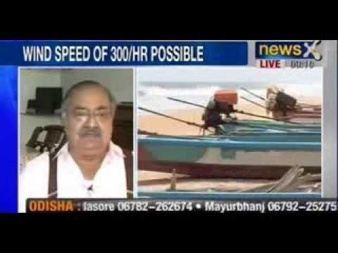 NewsX : Cyclone Phailin set to batter Odisha and Andhra Pradesh, mass evacuations in Eastern India