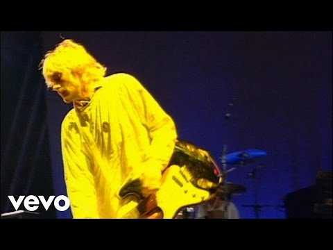 Смотреть клип Nirvana - Love Buzz