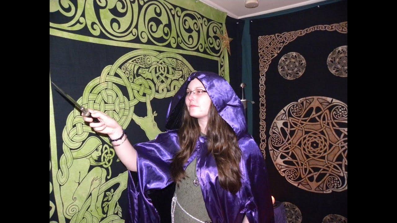 fetish bury Wiccan rituals