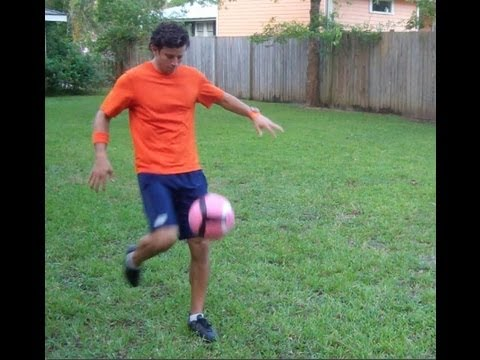 Soccer Shooting - Soccer Volley with Top Spin