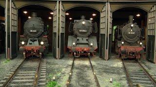 Die wunderschöne Modellbahn Dreibau-Ost in Spur 1 mit Dampfloks von Märklin und KM1 und Kiss