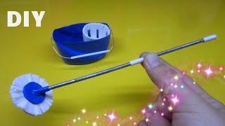 DIY How to make a miniature Mop and Bucket / Làm đồ cho búp bê: cây lau nhà và cái xô / Ami DIY
