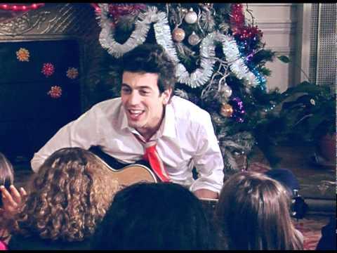 télécharger Max Boublil – Joyeux Noel