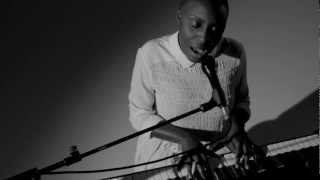 HUNGER TV: LAURA MVULA 'SHE' LIVE PERFORMANCE