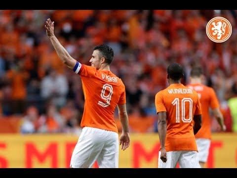 Netherlands - Ecuador, goal Robin van Persie
