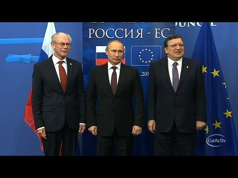 EU calls emergency summit on Ukraine