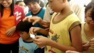 Thăm trẻ em khuyết tật Bình Dương - HEAL THE WORLD GROUP Viet Nam ( Part 2 )