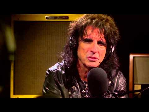 Keith Richards on Alice Cooper's Sobriety