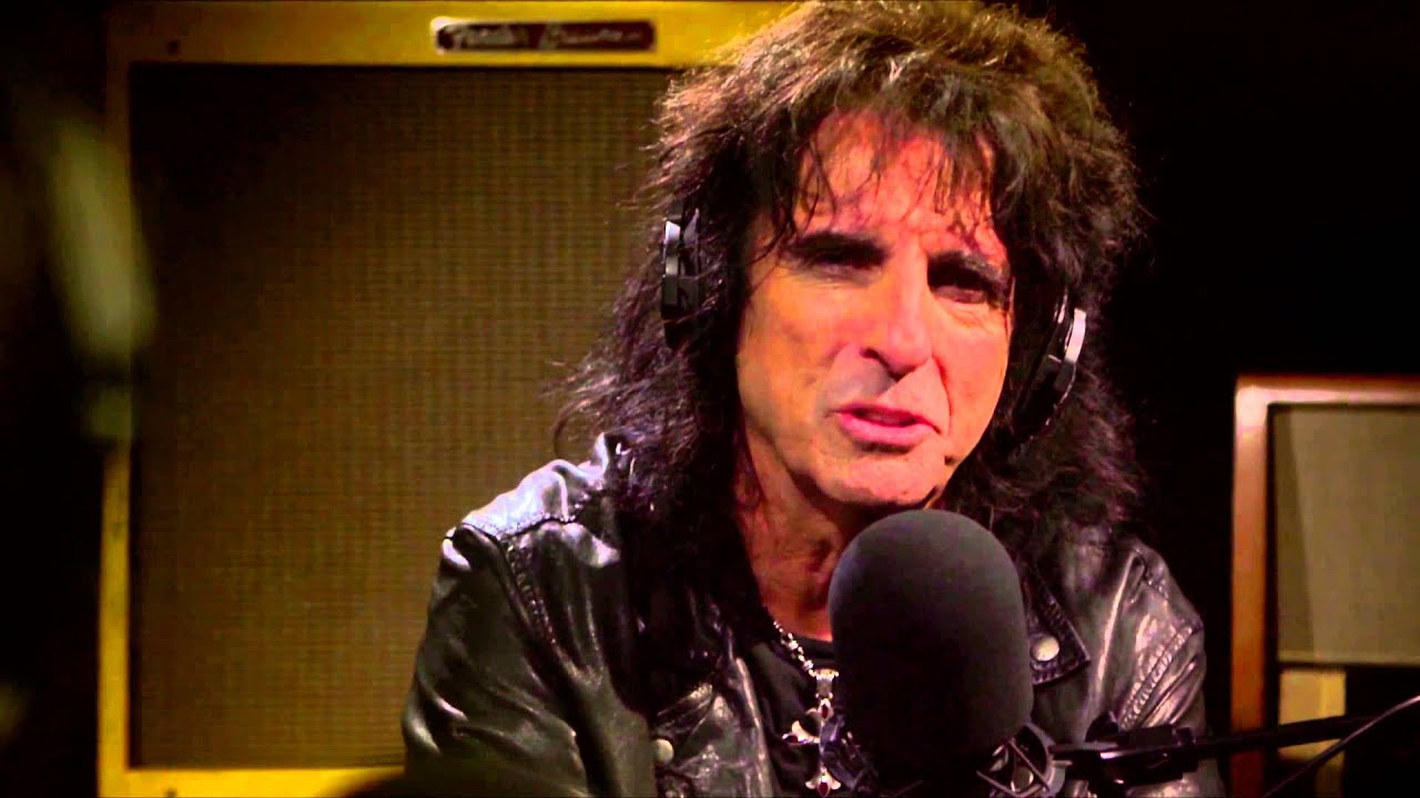keith richards on alice cooper 39 s sobriety youtube. Black Bedroom Furniture Sets. Home Design Ideas
