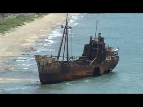 Γύθειο-Ναυάγιο -Shipwreck in Gytheio-Greece.