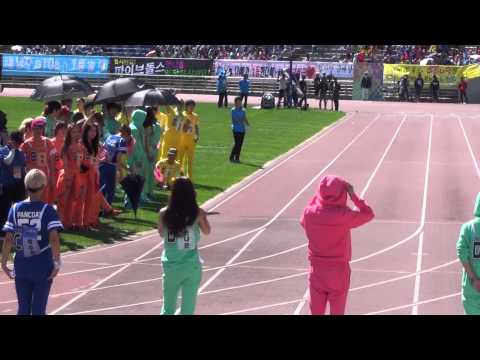 20130903 A-PINK NaEun 100m @ Idol Sports Athletics Championships