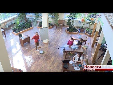 Телеведущий Вячеслав Горчаков учил студентов «Школы ТВК» работать в кадре