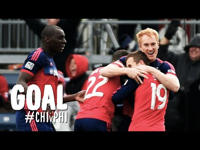 GOAL: Jeff Larentowicz buries his header | Chicago Fire vs. Philadelphia Union