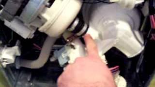 [1/2]: Riparando Una Lavastoviglie Ariston LI 620