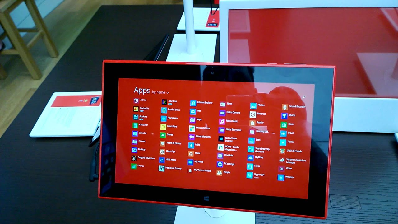 nokia lumia 2520 4g lte tablet with windows rt 8 1 hand on 11 29 13 youtube. Black Bedroom Furniture Sets. Home Design Ideas