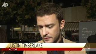 Timberlake, Seyfried Run to Be 'In Time'