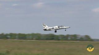 Польоти курсантів на реактивних літаках Л-39