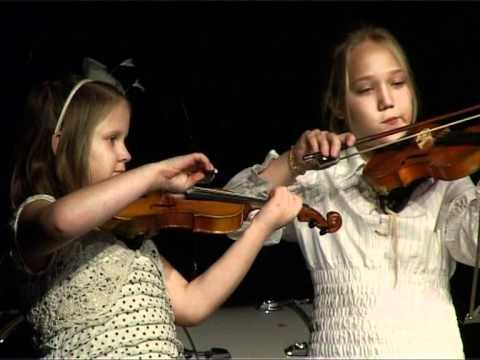 Смотреть видео Вентспилские школы вместе на музыкальном фестивале